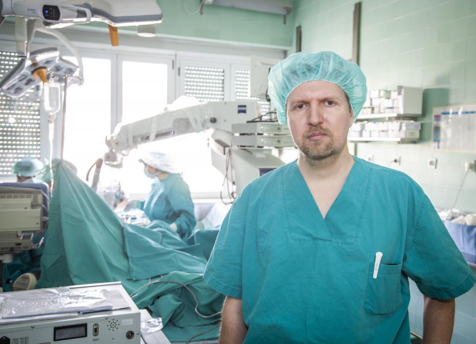 'Prednost ovakve operacije je u pacijentovu bržem i boljem oporavku', kaže dr. Drviš Vojko Bašić/EPH