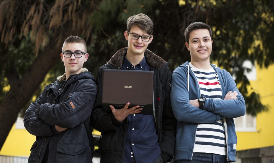 Gabrijel i Boris okitili su se najsjajnijim odličjem u kategoriji Razvoj softvera i poduzetništva, a broncu je u Algoritmima zavrijedio Dominik Ante Čizmić/EPH