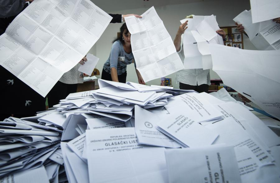 izbori_prebrojavanje6-081115