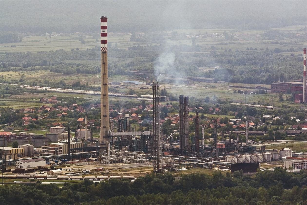 rafinerija-300808