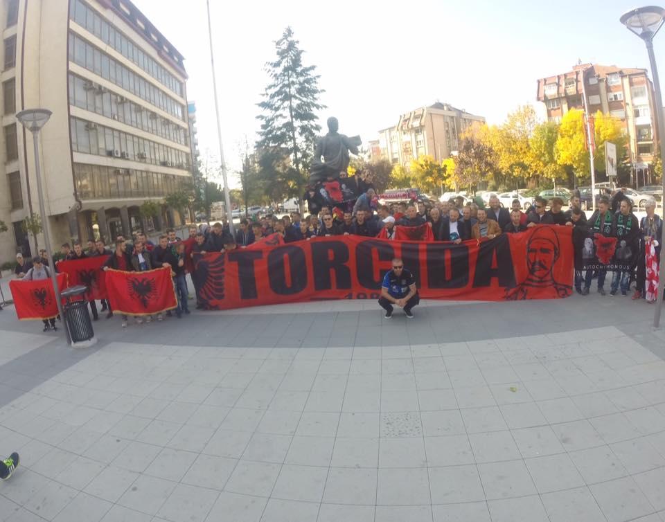 Mjesto na Kosovu ima ulicu u cast Splita:'Svi volimo Hajduk' Torcida%20gjakove