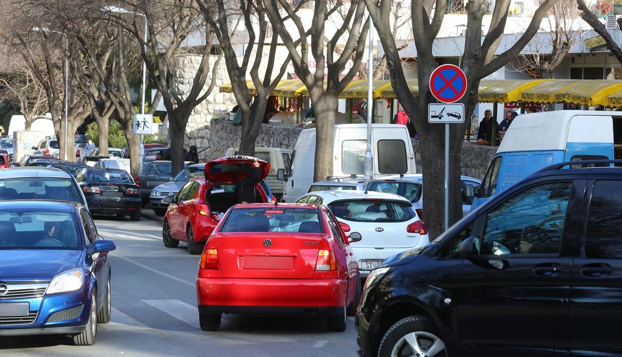 1_parking_trznical9-150117