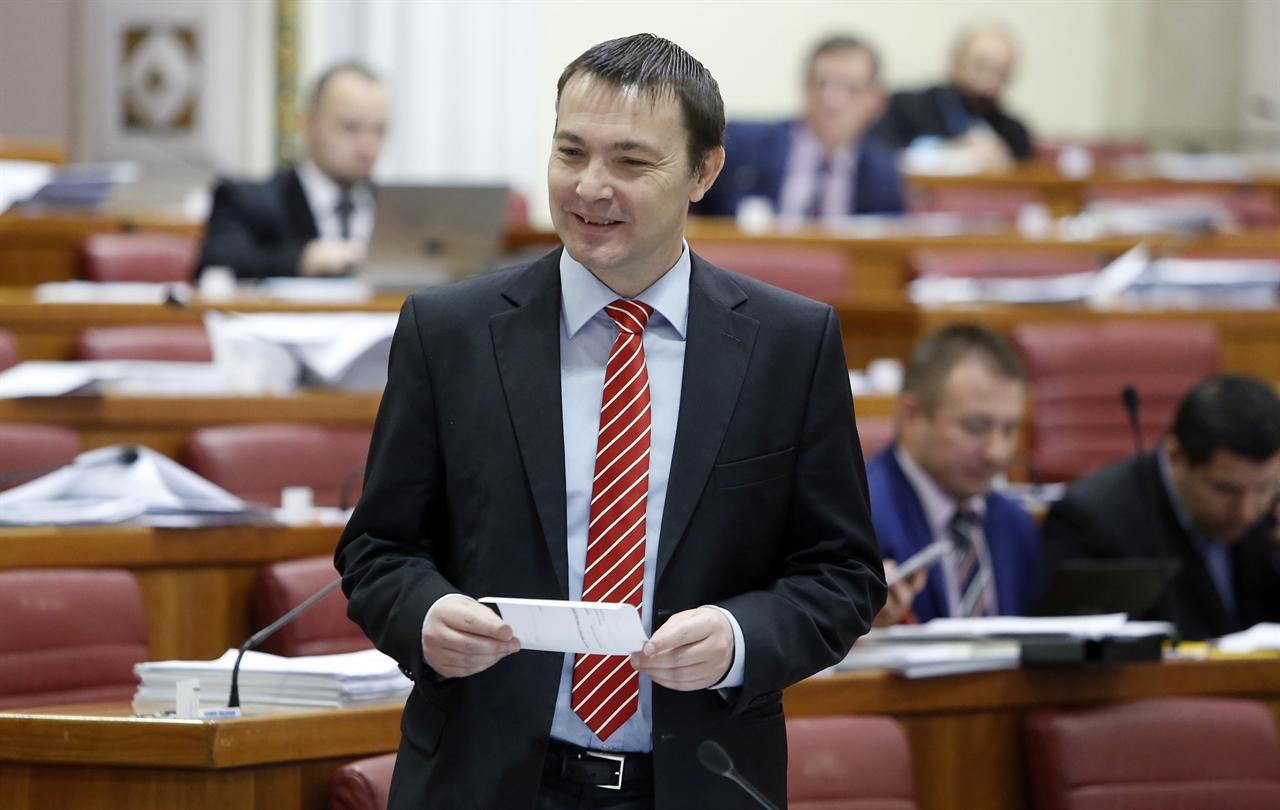 sjednica_sabor17-090317