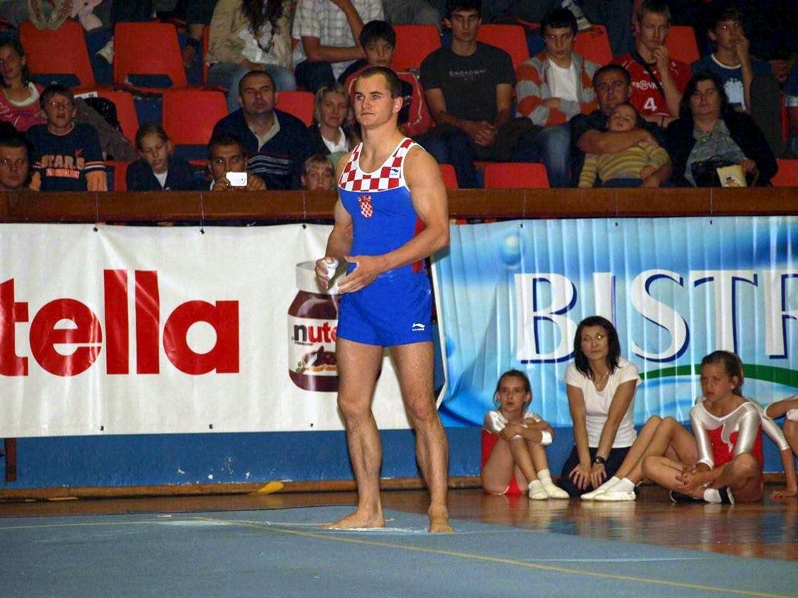 gimnastika-210609