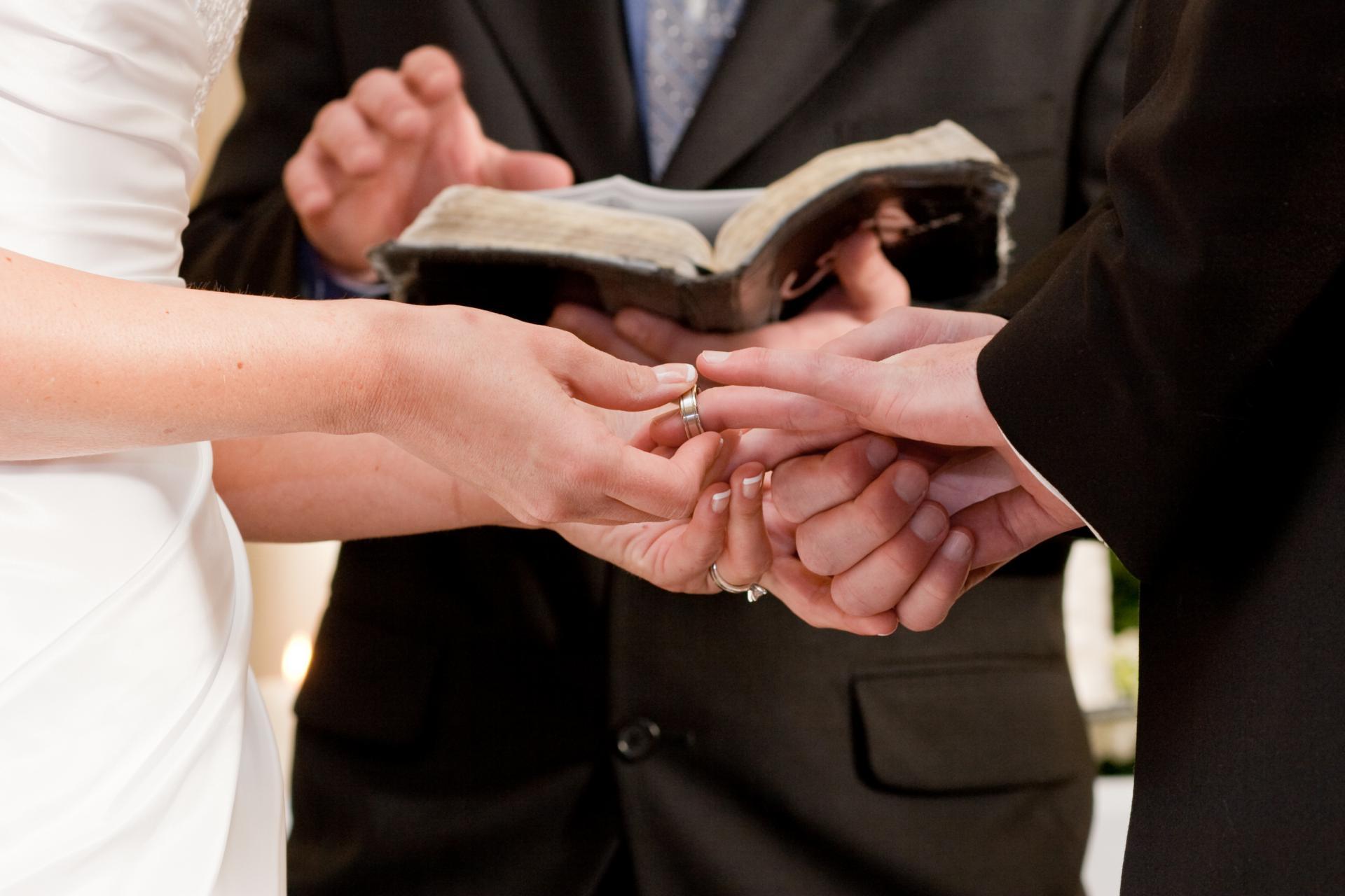 Live bračno spajanje