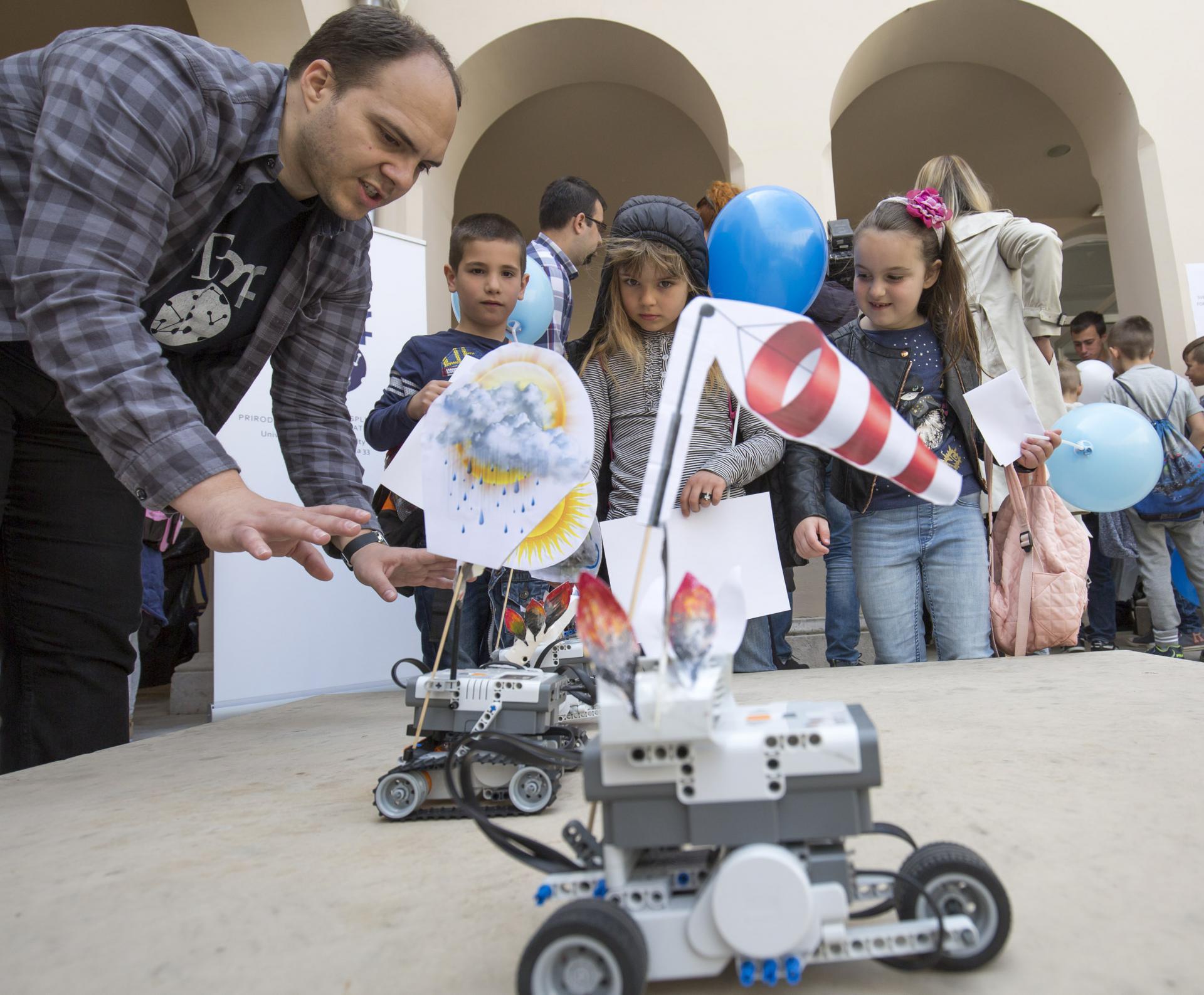 Školarci su veliki ljubitelji robotike