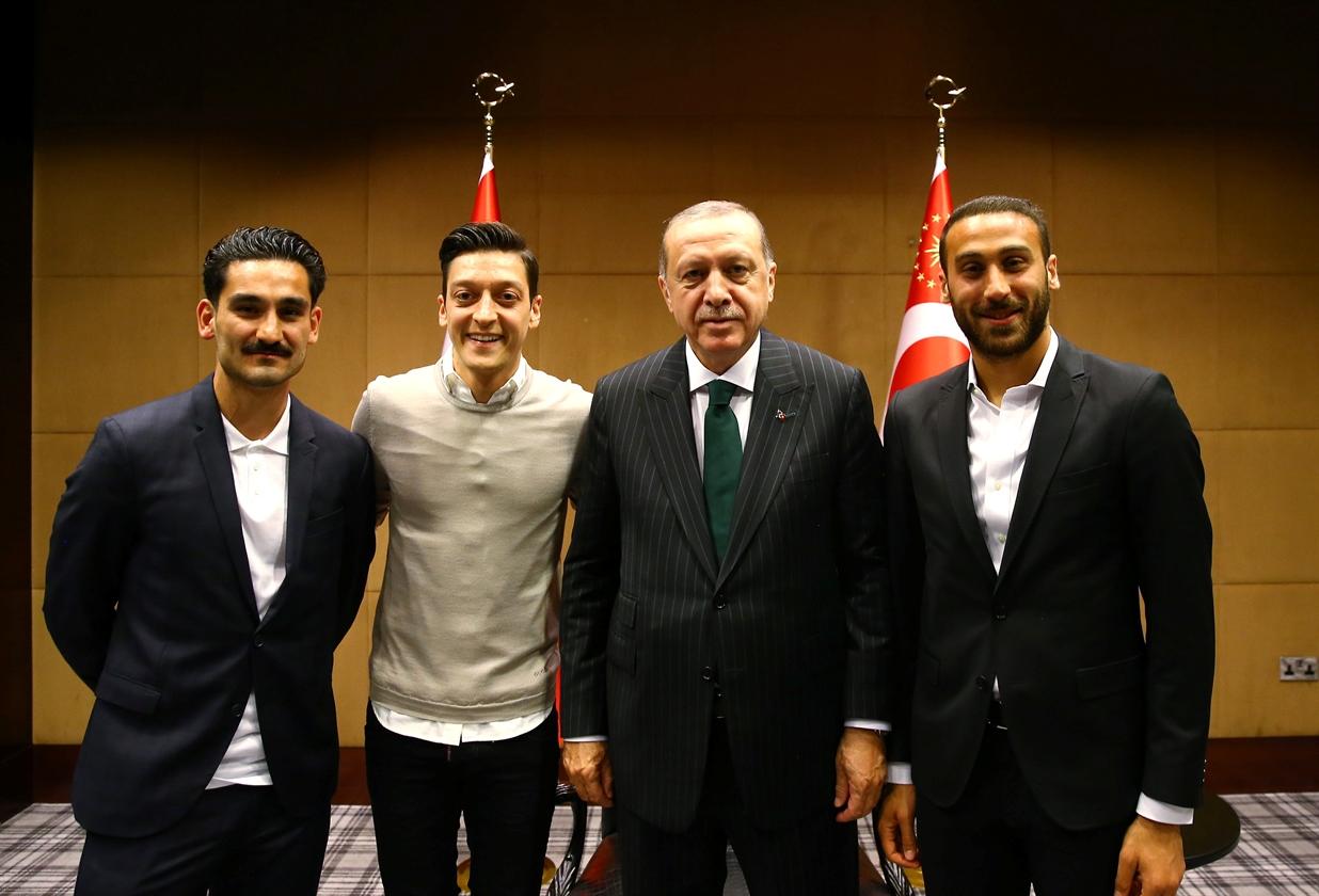 2018-05-14T140110Z_1222196783_RC1D9AFC7420_RTRMADP_3_BRITAIN-TURKEY-ERDOGAN