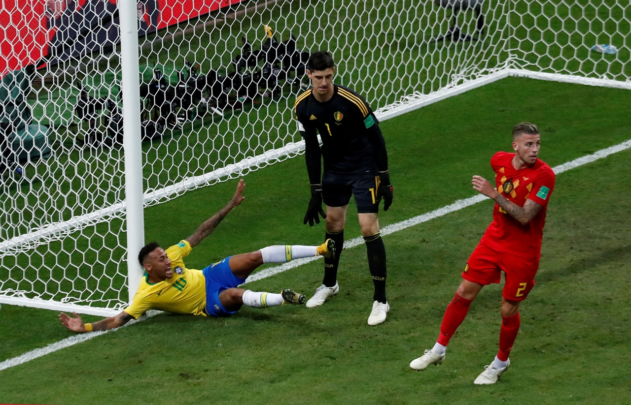 2018-07-10T162245Z_2026914496_RC1BB0826F00_RTRMADP_3_SOCCER-WORLDCUP-BRA-NEYMAR