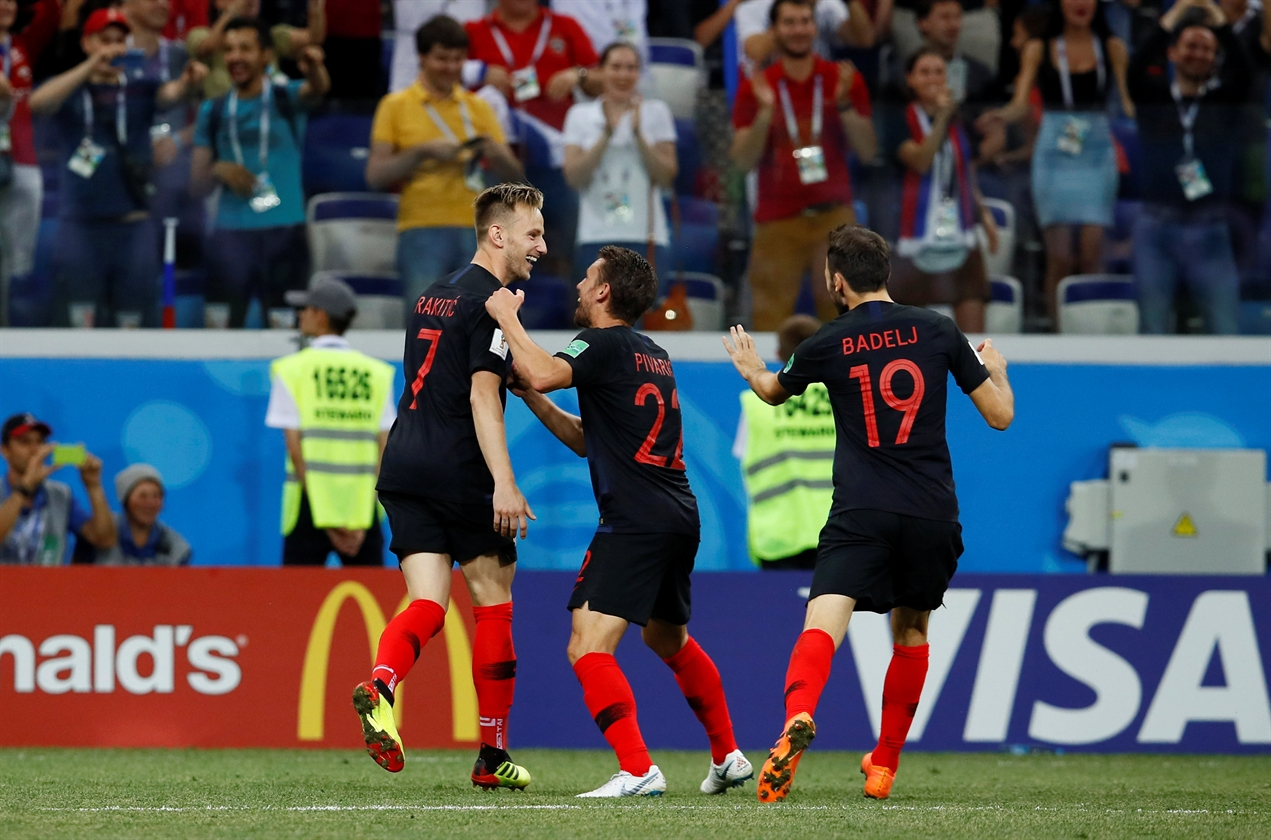 2018-07-01T204838Z_1695286743_RC180DF40FC0_RTRMADP_3_SOCCER-WORLDCUP-CRO-DNK