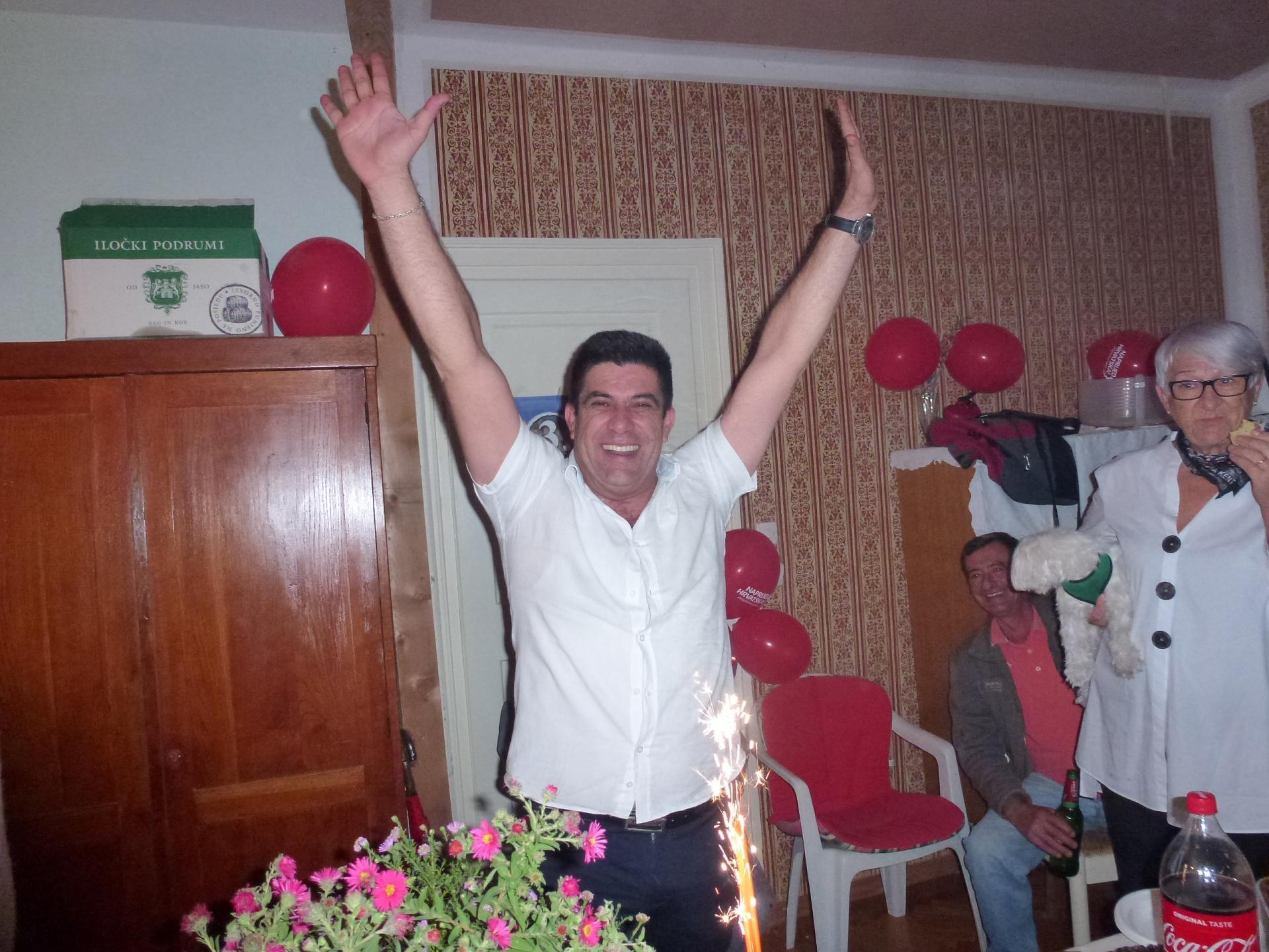 Frane Lozić slavi: Ja pred svoj narod mogu izići čista obraza