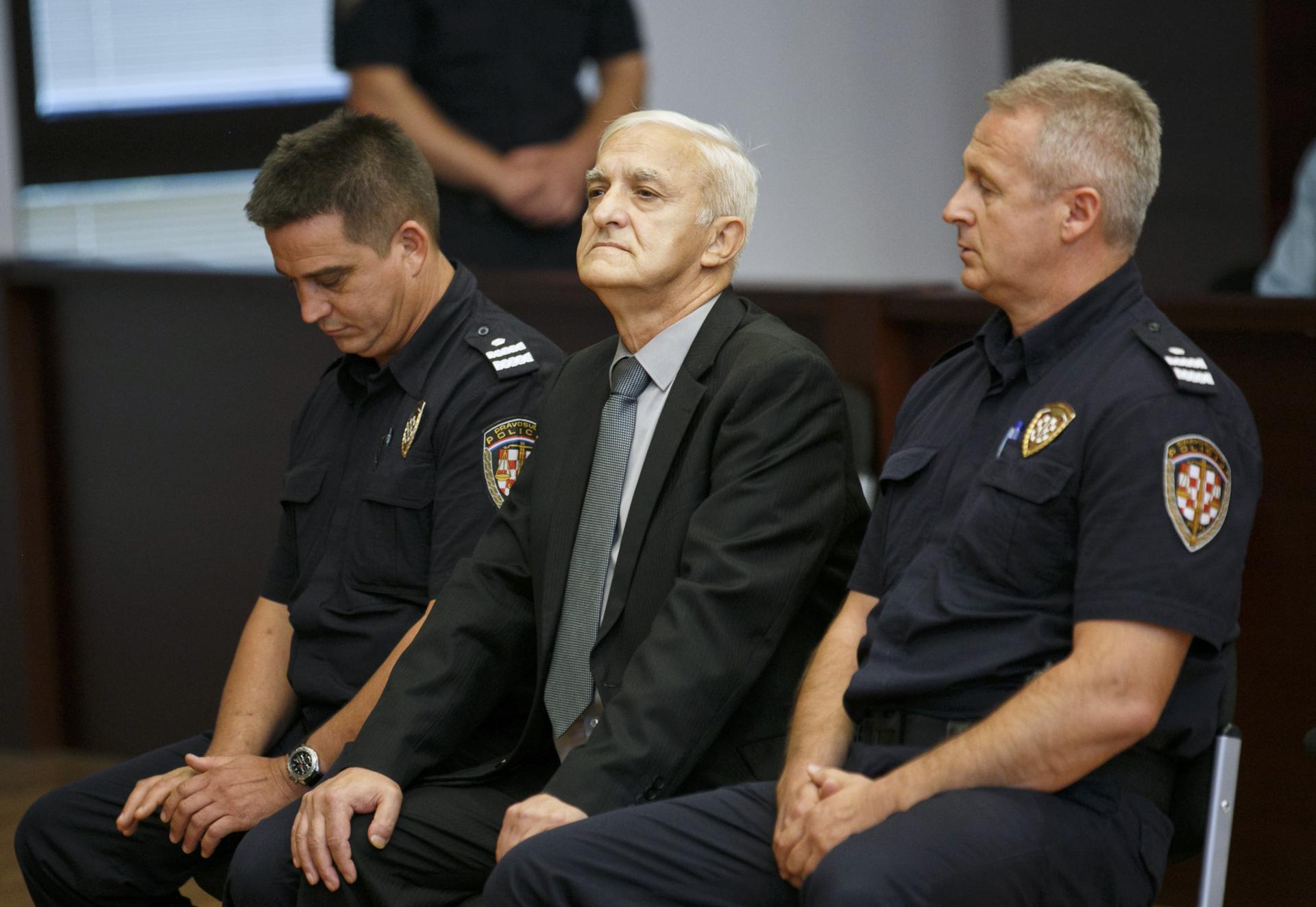 Dragan Vasiljković zvani Kapetan Dragan prilikom izricanja presude za ratne zločine