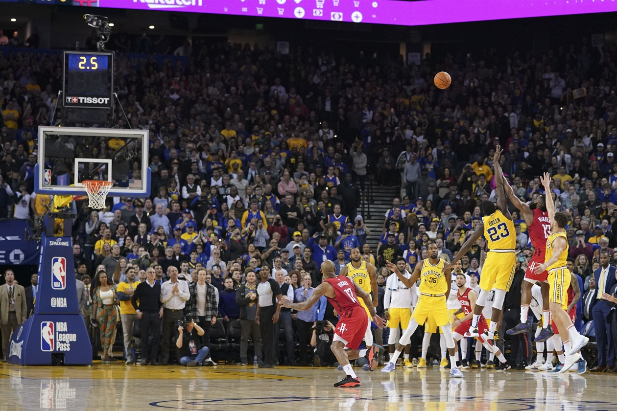 2019-01-04T062252Z_626907968_NOCID_RTRMADP_3_NBA-HOUSTON-ROCKETS-AT-GOLDEN-STATE-WARRIORS
