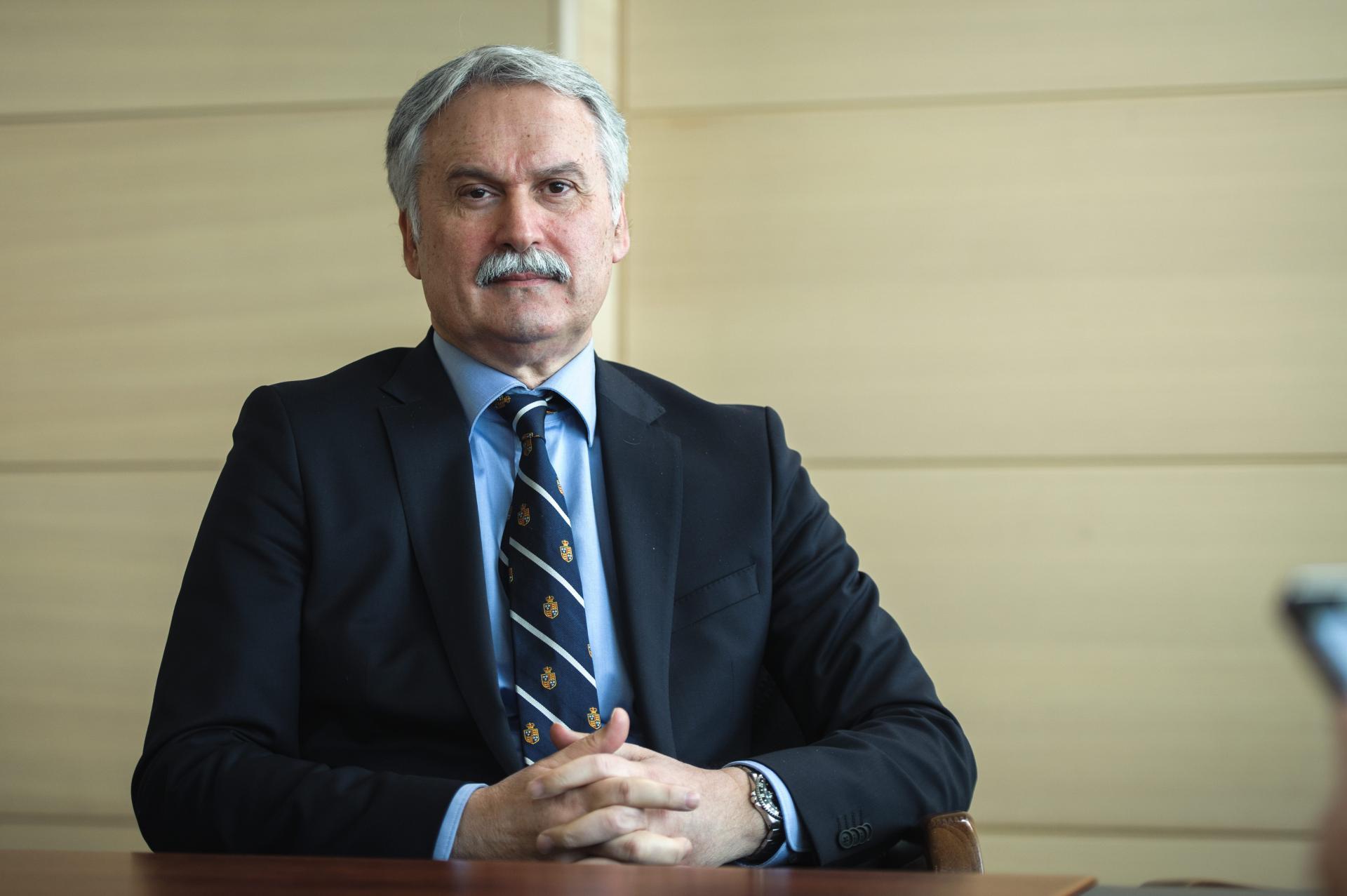 Rektor Dragan Ljutić