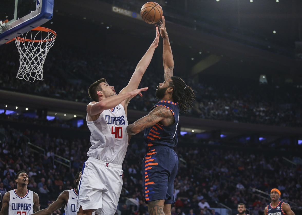 2019-03-24T191754Z_918499560_NOCID_RTRMADP_3_NBA-LOS-ANGELES-CLIPPERS-AT-NEW-YORK-KNICKS