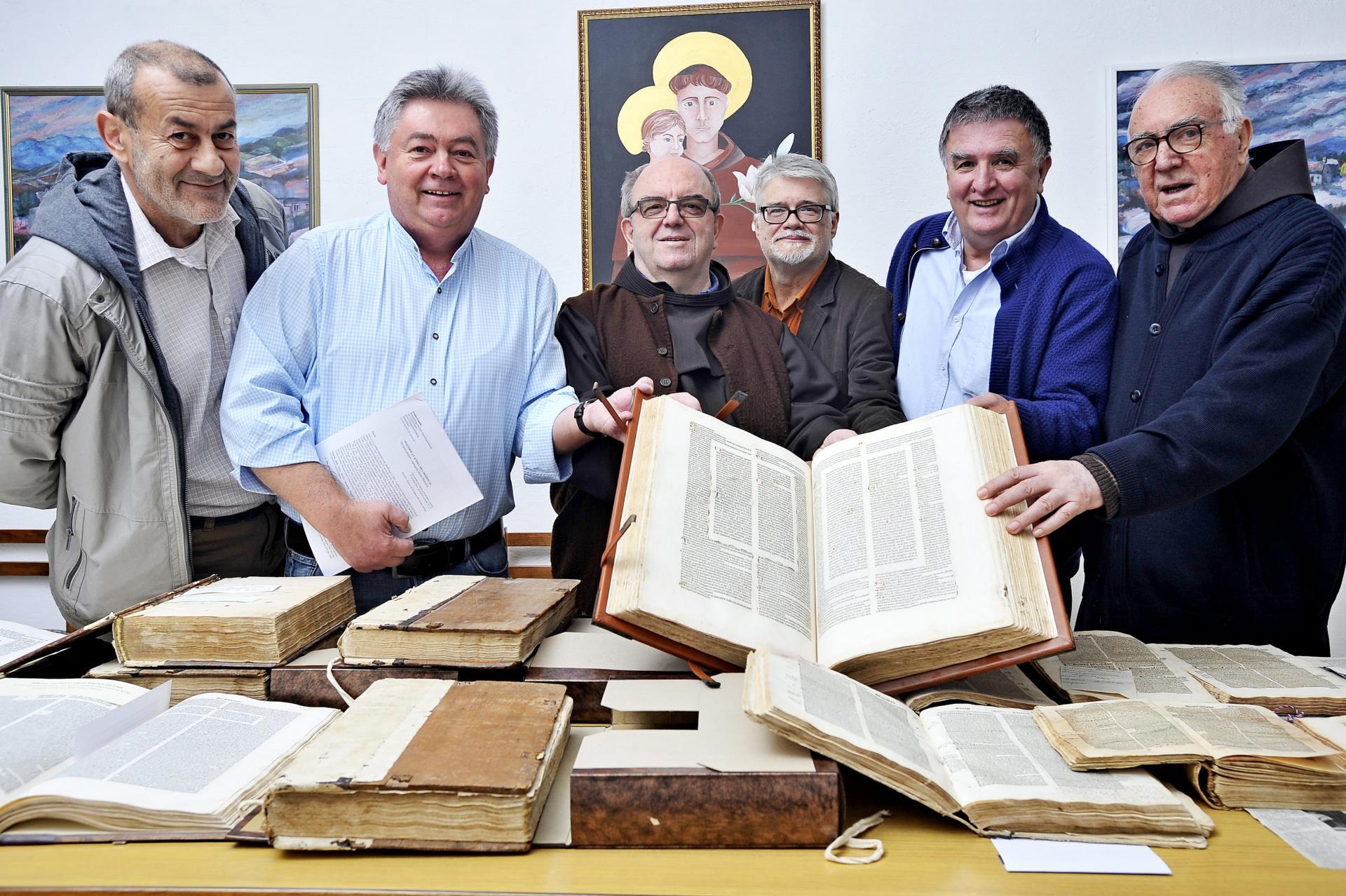 Branko Jozić, Zvonko Pandžić, fra Šimun Škibola, Bratislav Lučin, Marko Soldo i fra Bernardin Škunca