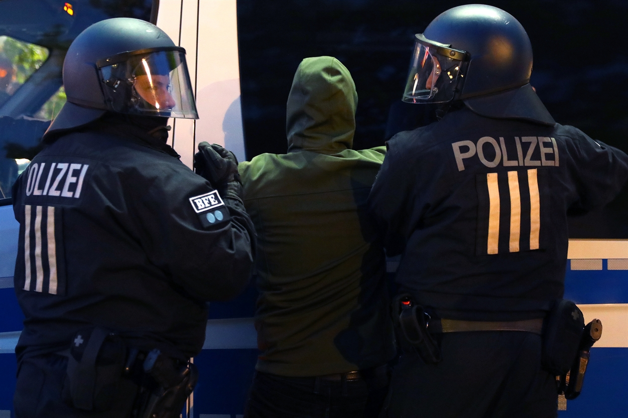 2019-05-01T192415Z_206746691_UP1EF511HWF3K_RTRMADP_3_GERMANY-PROTESTS