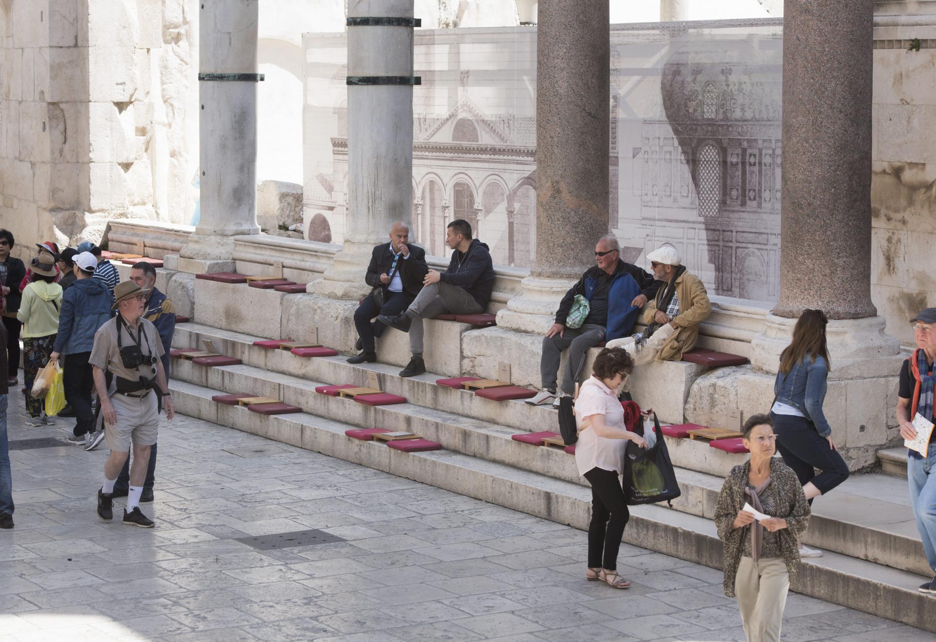 Biti turist u vlastitom gradu, pa ni na desetak minuta, nije besplatno