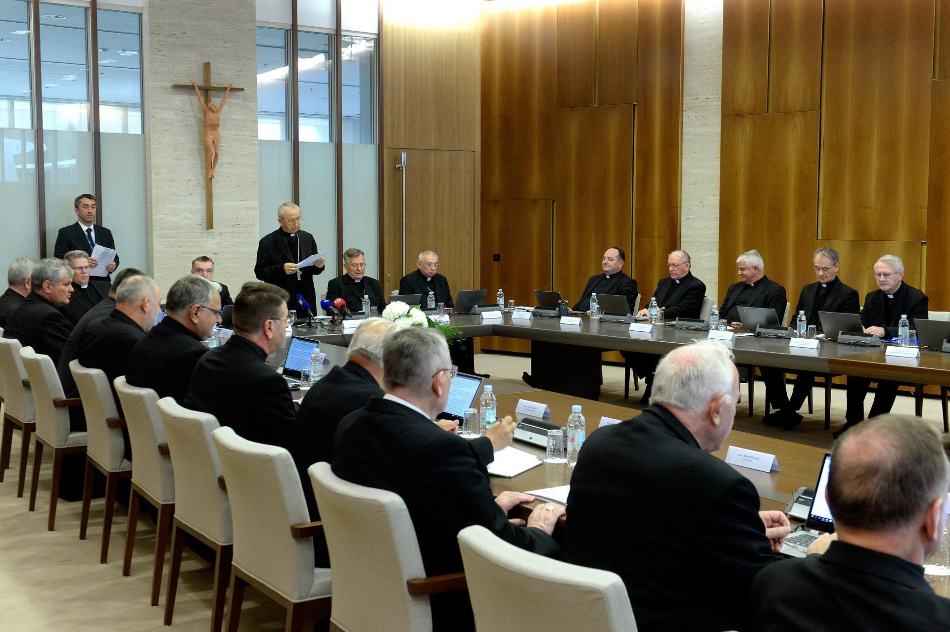 58. plenarno zasjedanje Hrvatske biskupske konferencije pod predsjedanjem predsjednika zadarskog nadbiskupa Želimira Puljića