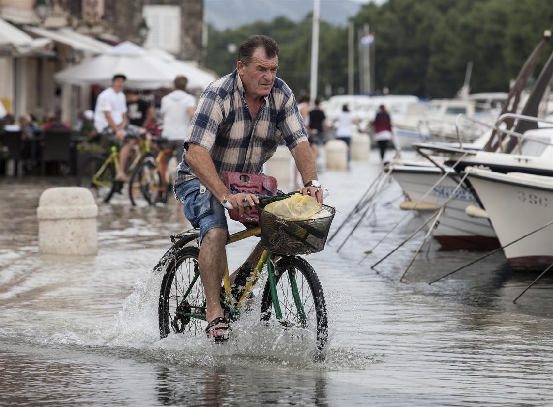 strigrad_plima_biciklo