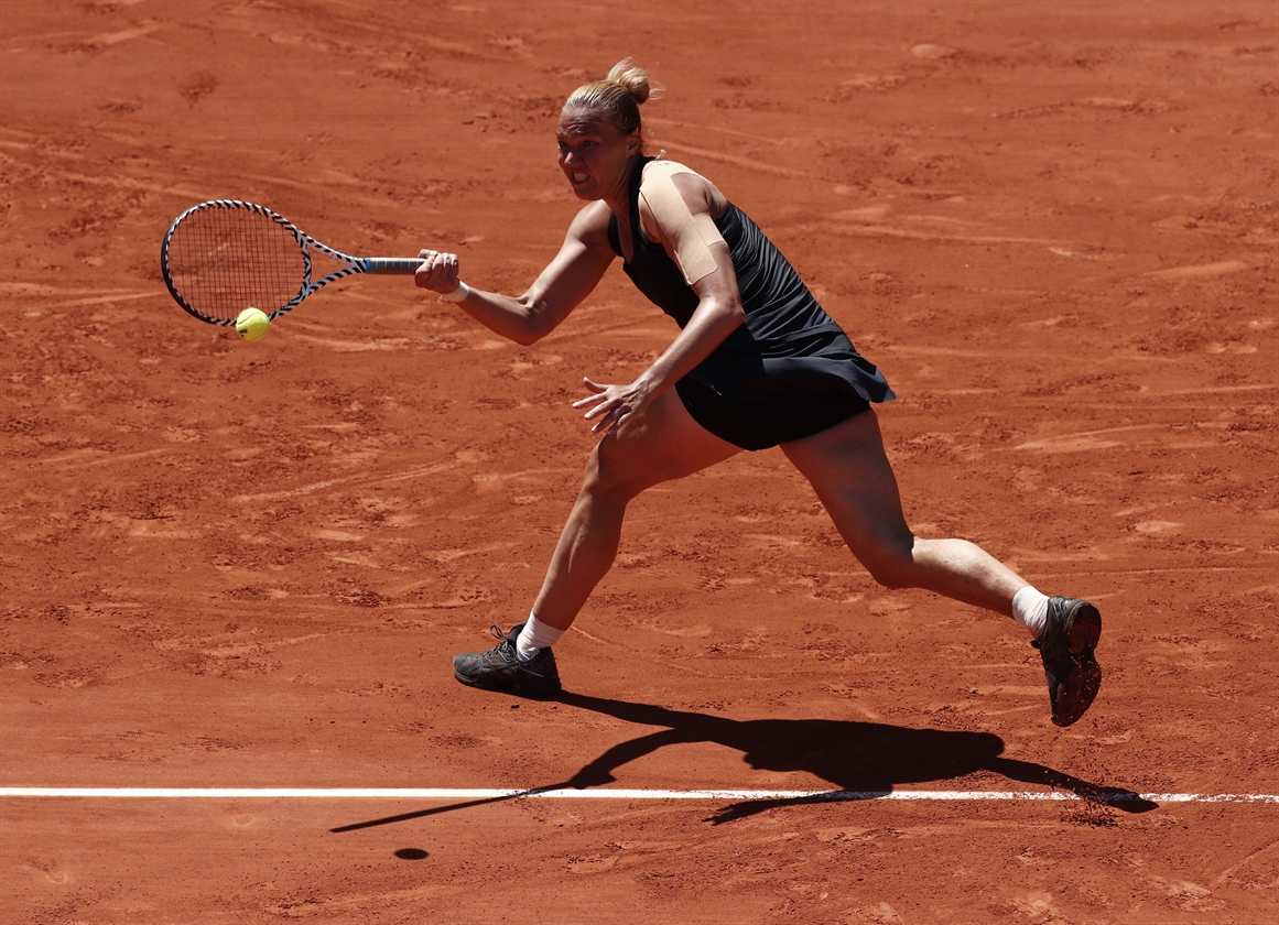 2019-06-02T115300Z_864734084_UP1EF620X0CNG_RTRMADP_3_TENNIS-FRENCHOPEN