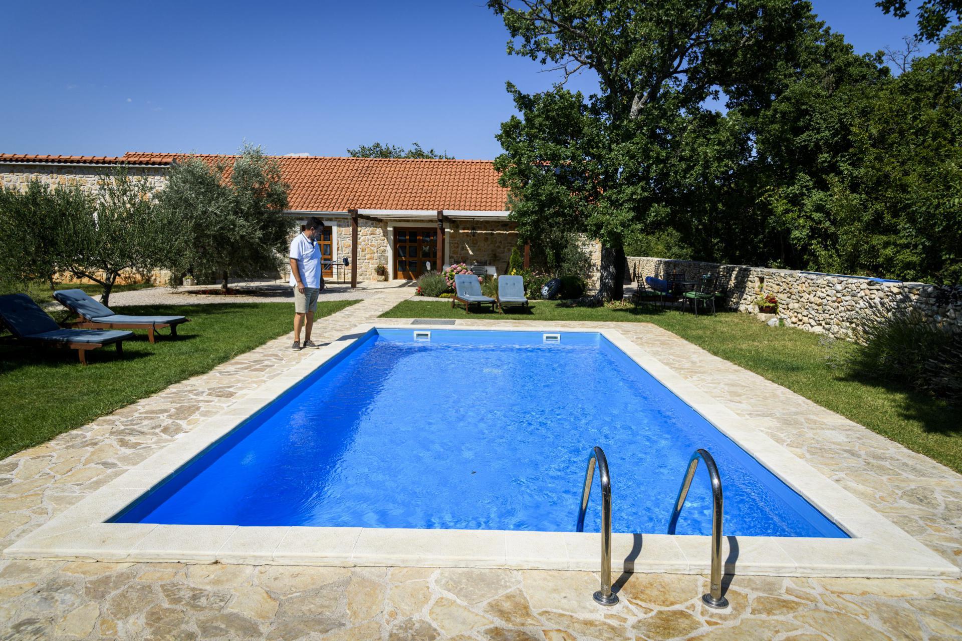 Kuća s bazenom Dinke i Jose Mudrinića