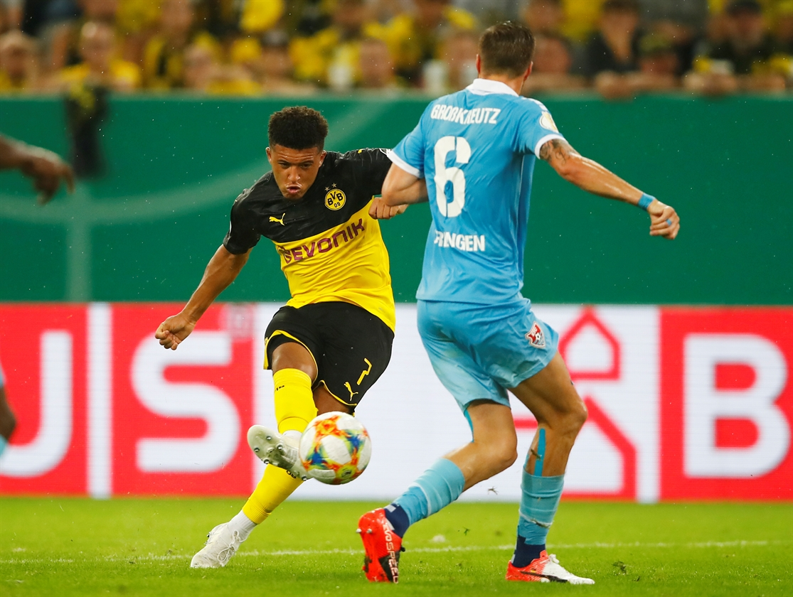 2019-08-09T192908Z_382835267_RC1A48D6A3E0_RTRMADP_3_SOCCER-GERMANY-UER-DOR-REPORT