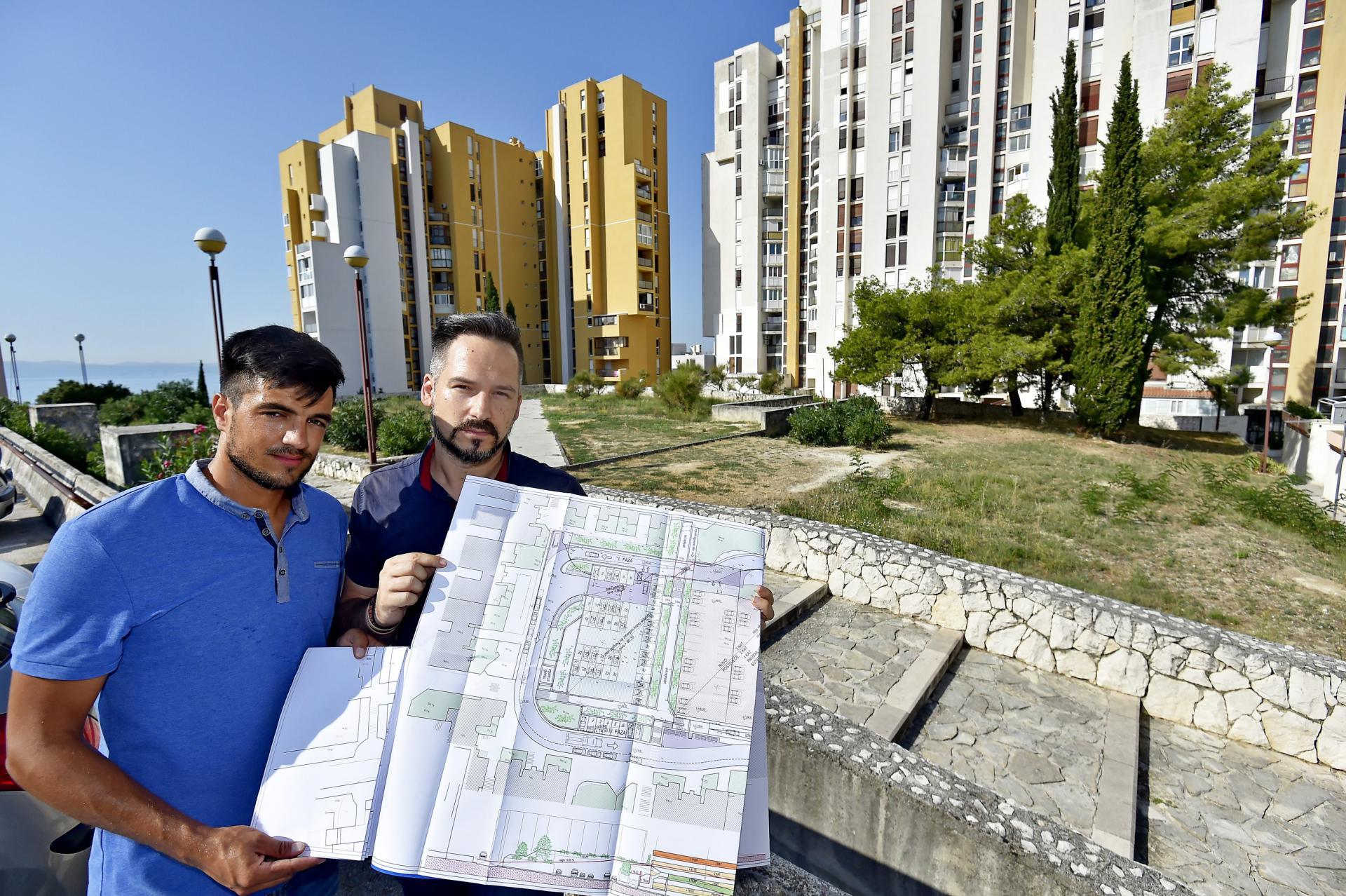Predsjednik GK Mertojak Josip Perić i njegov zamjenik Marin Jukić predlažu izgradnju rotora kako bi se rasteretila Doverska ulica i olakšao pristup vatrogascima