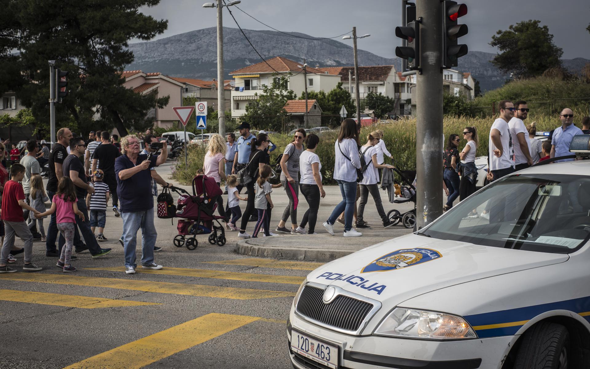 Stanari splitskog naselja Kila u svibnju su blokirali najveće raskrižje u svom kvartu kako bi poslali prosvjednu poruku odgovornimima, čini se- uzalud