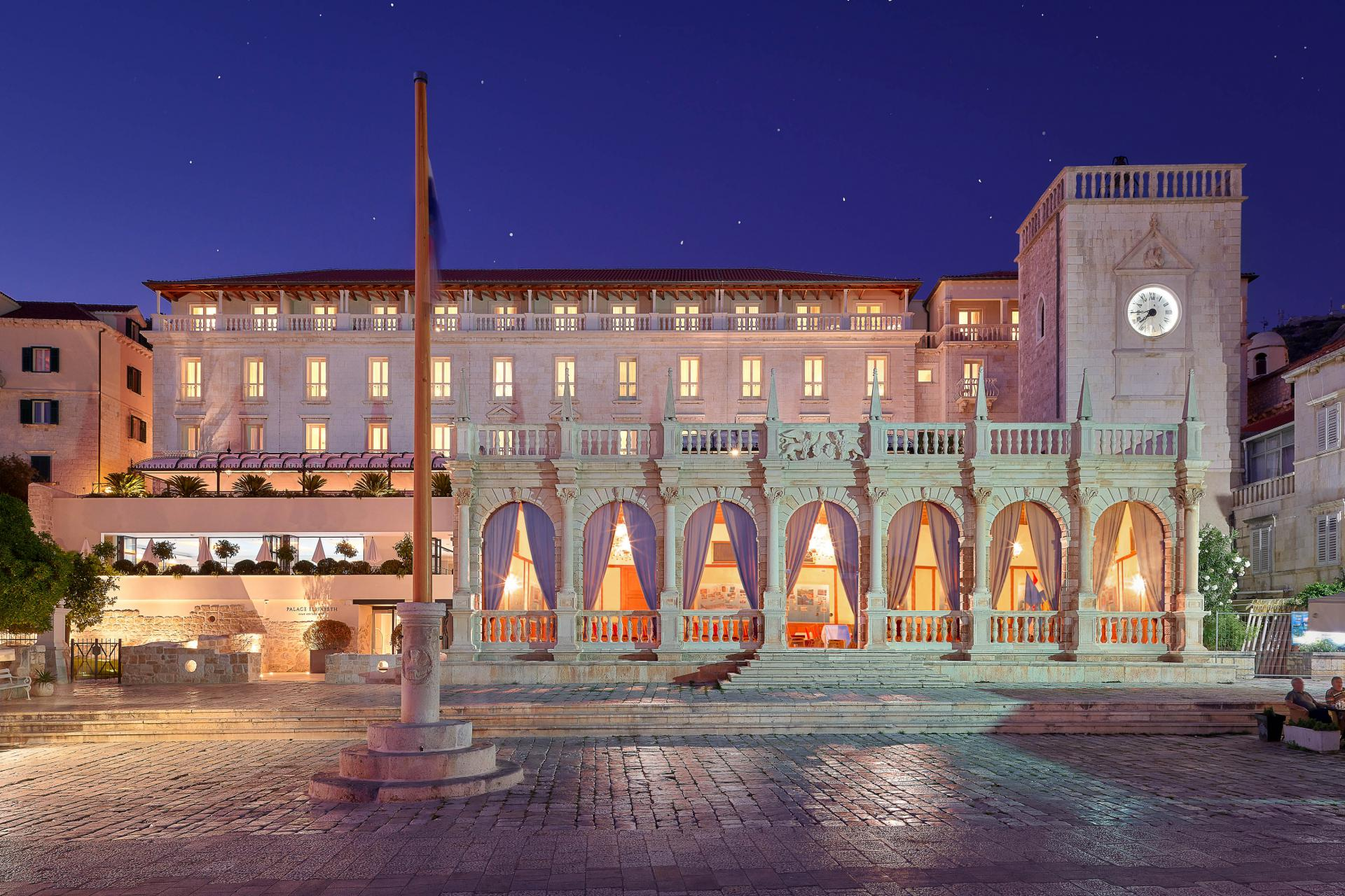 Tek obnovljeni hotel 'Palace Elisabeth' u Hvaru