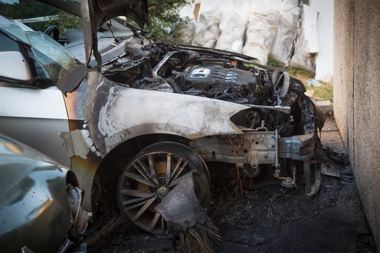 zapaljeni_automobili8-271019
