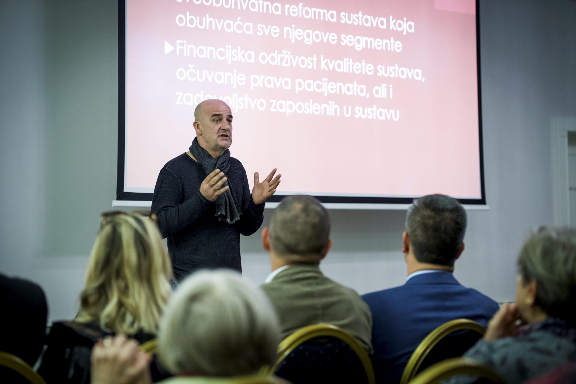 Dr. Danko Velimir Vrdoljak, predsjednik SDP-ova Savjeta za zdravstvo