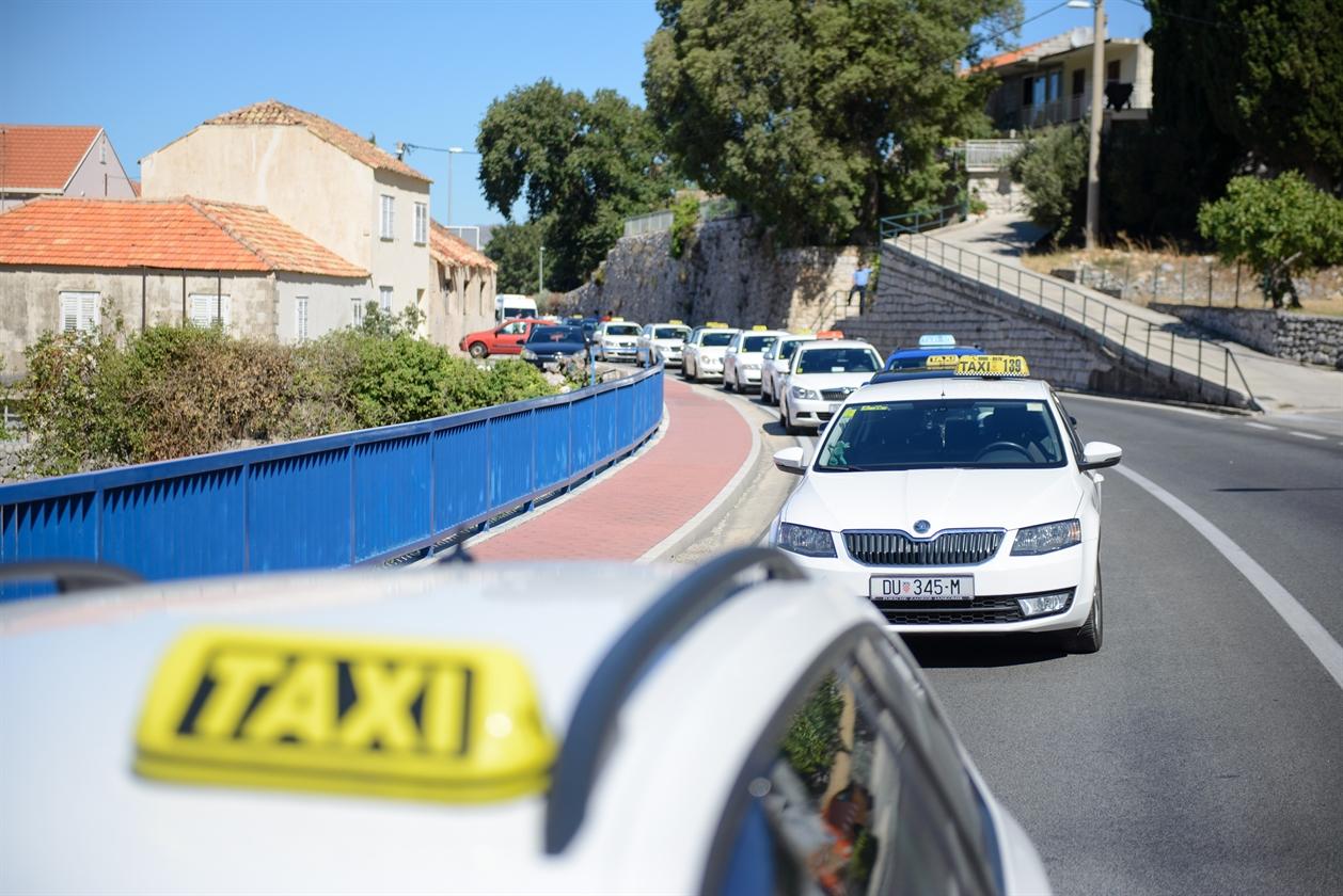 taksi_prosvjed04-280717