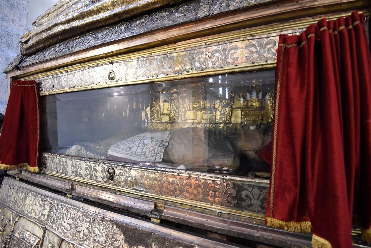 chest of st. simeon, zadar, cultural sight, croatia, www.zadarvillas.com