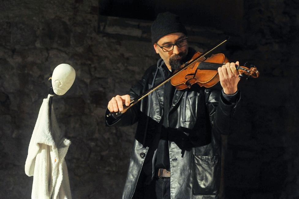 Predstava Teatra Verrdi Desnica: Igre proljeća i smrti