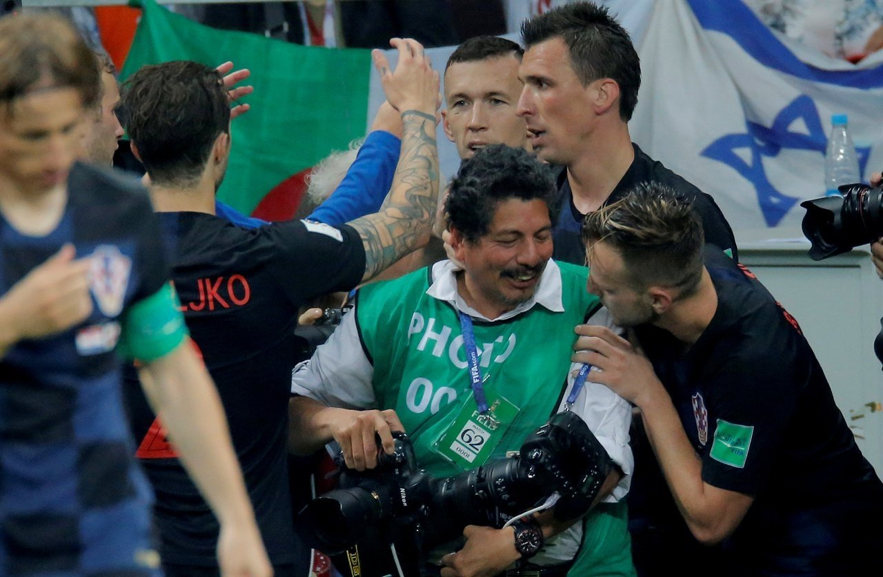 2018-07-11T210555Z_1535415902_RC1CC38CD9D0_RTRMADP_3_SOCCER-WORLDCUP-CRO-ENG