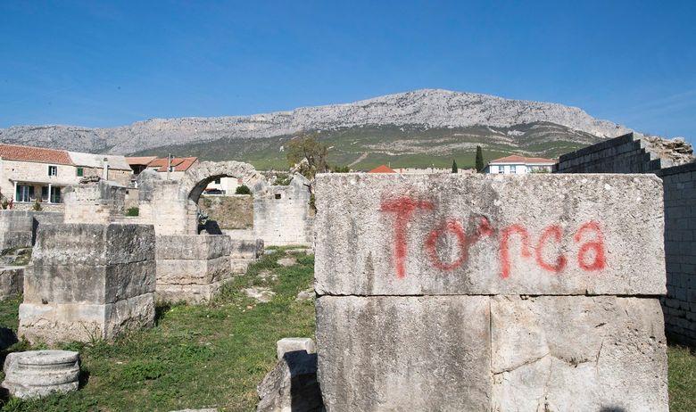 grafiti_salona4-171018