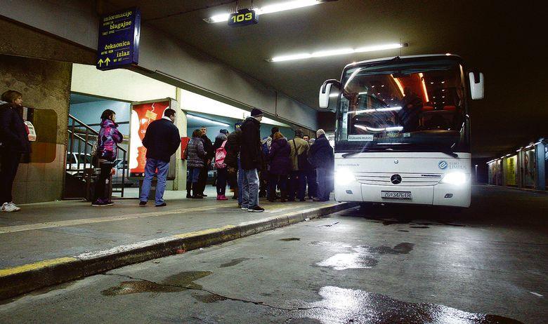 autobusni kolodvor autobus
