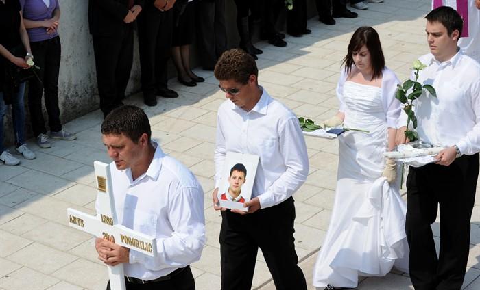 pogreb_povljana3-270410