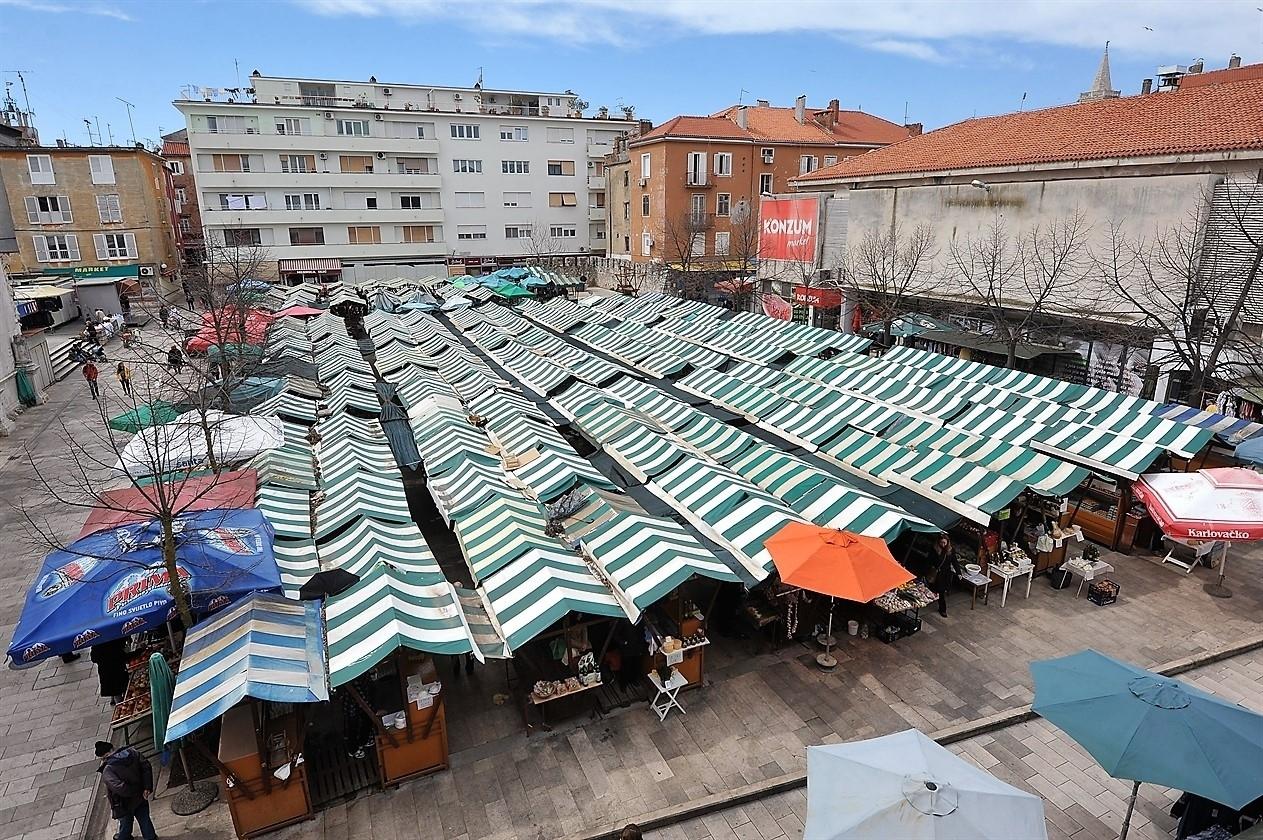 trznica1-310315