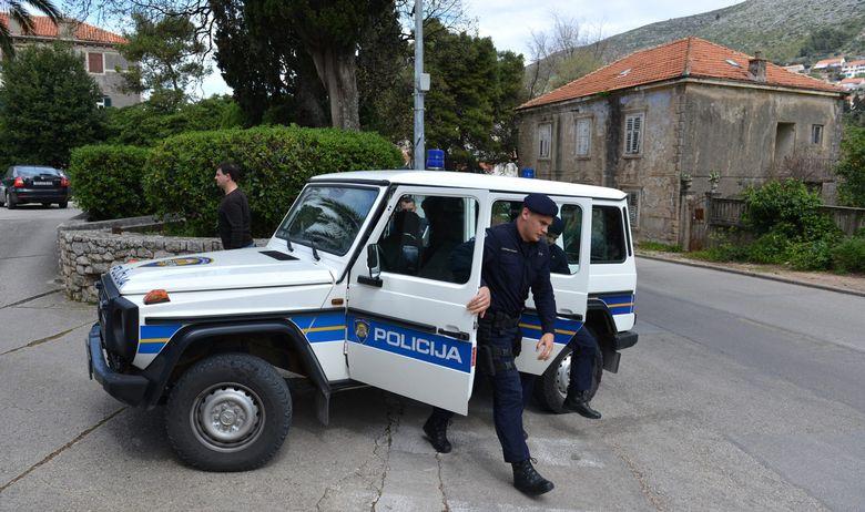 privodjenje_policija10-1204