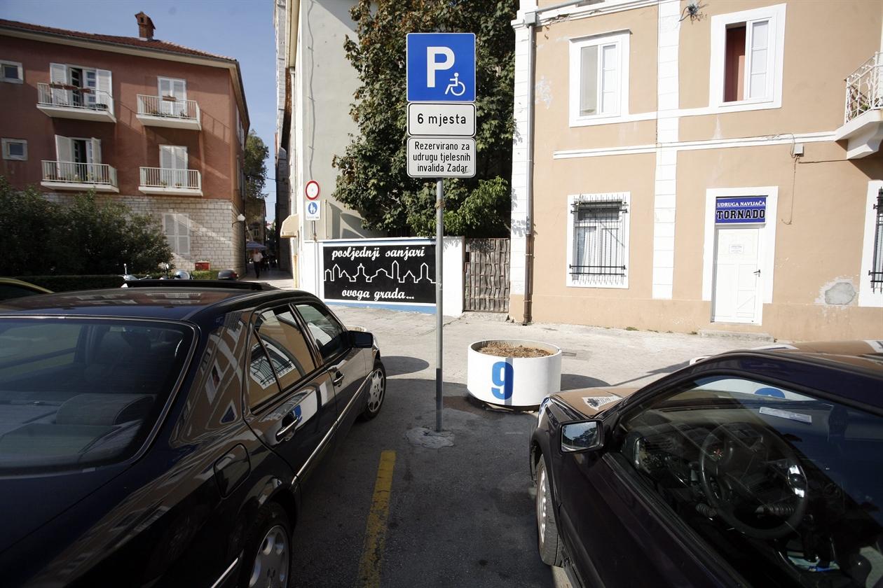 parking_invalidi-220911