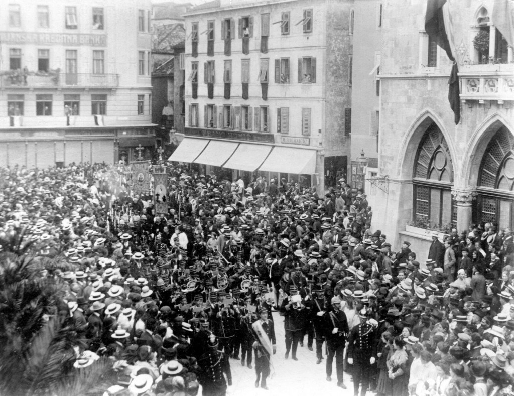 Raspuštanje splitske općinske uprave, 18. studenog 1912. godine