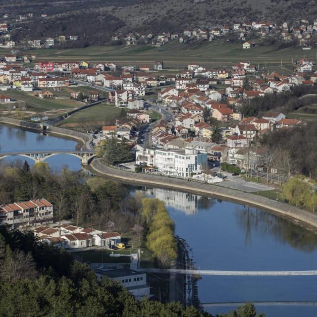 Trilj, 210319.<br /> Reportaza sa Cetine i Triljskog kraja.<br /> Na fotografiji: Panorama Trilja.<br />