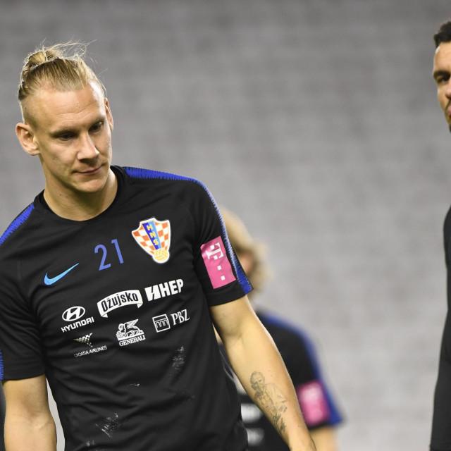 Split, 091019.<br /> Stadion Poljud.<br /> Trening hrvatske reprezentacije uoci kvalifikacijske utakmice za EURO 2020, Hrvatska - Madjarska.<br /> Na fotografiji: Domagoj Vida, Dejan Lovren.<br />