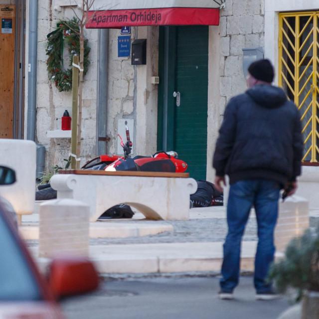 Split, 110120.<br /> Trostruko ubojstvo na splitskim ulicama na Sperunu i u Radmilovica ulici.<br /> Na fotografiji: Sperun<br />