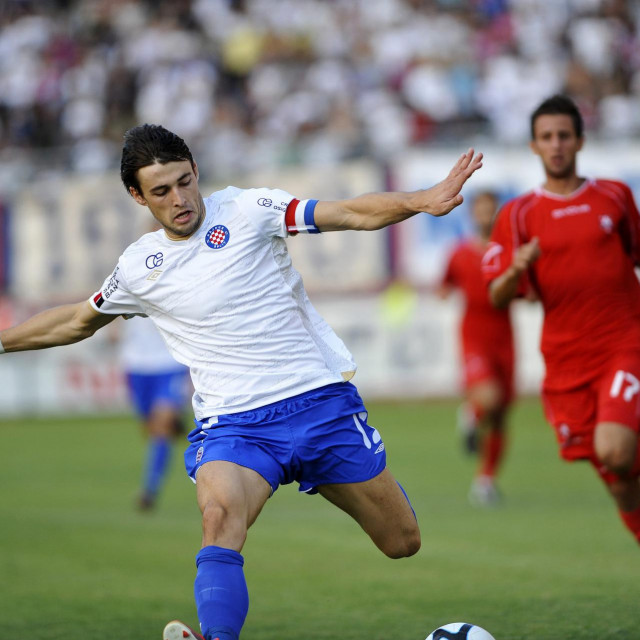 Split, 120812<br /> Stadion HNK Hajduka u Poljudu.<br /> Nogometna utakmica MaxTV 1. HNL izmedju HNK Hajduk i NK Zagreb.<br /> Na fotografiji: Ante Vukusic u napadu.<br />