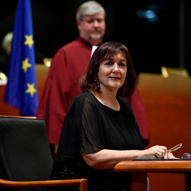 Vice President of Democracy and Demography Dubravka Suica takes the oath of office, on January 13, 2020, at the Court of Justice of the European Union in Luxembourg. (Photo by JOHN THYS/AFP)