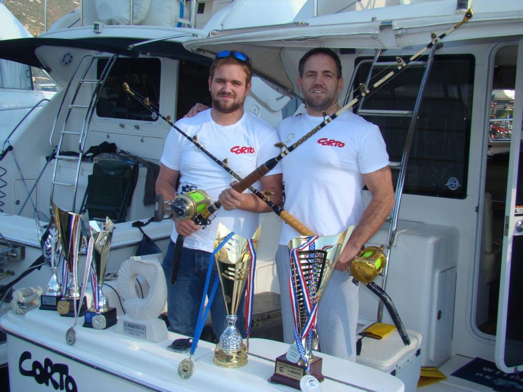 Gordon (lijevo) i Bepo Svalina s brojnim trofejima