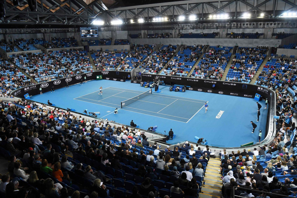 A general view of the court is pictured during the men's singles match between Germany's Alexander Zverev and Italy's Marco Cecchinato on day two of the Australian Open tennis tournament in Melbourne on January 21, 2020. (Photo by William WEST/AFP)/IMAGE RESTRICTED TO EDITORIAL USE - STRICTLY NO COMMERCIAL USE