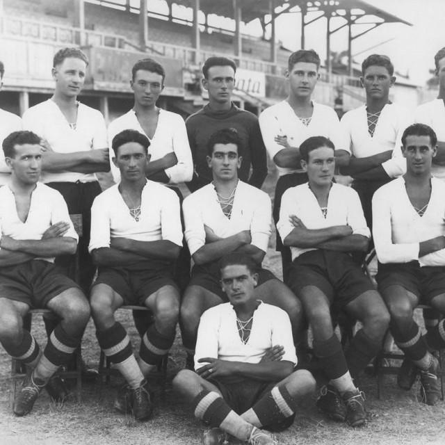 Šampionska momčad Hajduka iz 1927. godine koju je 'sastavio' prešućeni predsjednik Ante Kovačić